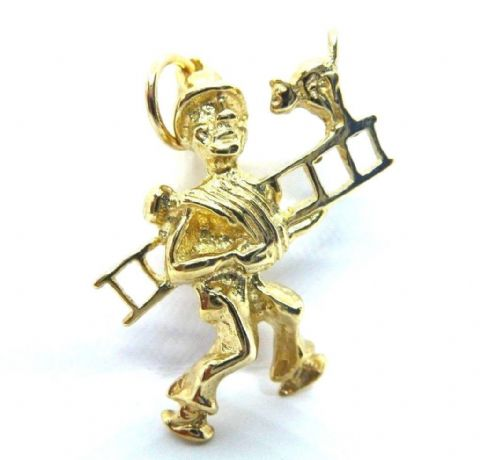 Vintage Hallmarked Solid 9ct Yellow Gold Chimney Sweep with Cat Charm / Pendant